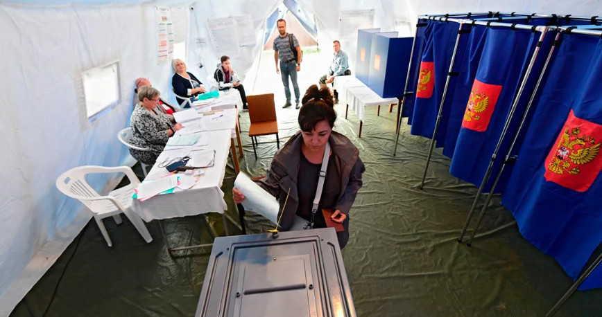 Голосование по Конституции на в палатках